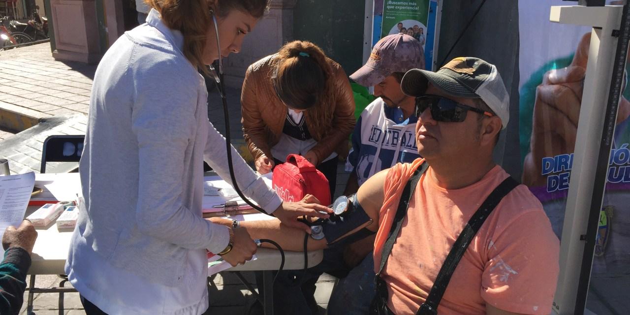 Realizan feria de la salud en centro de Manuel Doblado