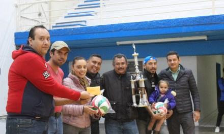 Rehabilitan auditorio deportivo de Manuel Doblado