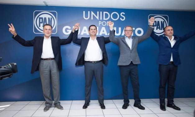 Pepe Grilla: Los reyes le traen su regalo a Diego Sinhue