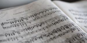 Музиката на ирландските писатели – от Анджела Лейтън