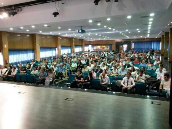 Asamblea de socios del Residencial Metropolitan.