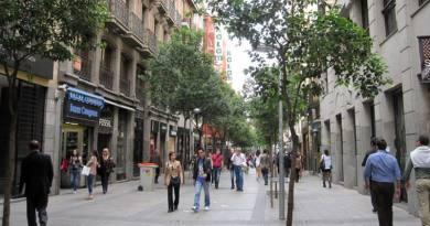 calle Fuencarral es la preferida para muchos retailers