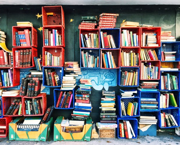 Book wall in San Juan