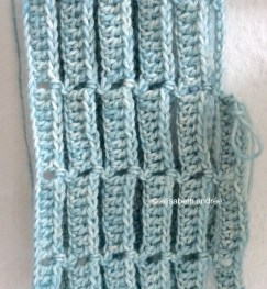 blue crochet work in progress by elisabeth andrée