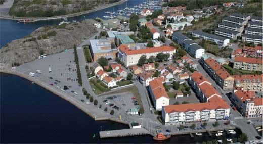 En 30-årig man i Strömstad blir beskjuten i sin bostad av en maskerad person. Genrebild. Foto: stromstad.se