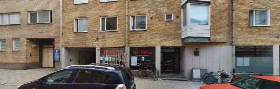 n man blir misshandlad i samband med ett större bråk här på Luntgatan i Norrköping. Bild: hitta.se