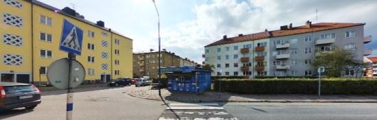 Östra Farmvägen i Malmö, där en lägenhet beskjuts Bild: hitta.se