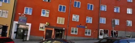 Kaplansgatan i Södertälje. På den här gatan begick flera fall av grov misshandel. Bild: hitta.se
