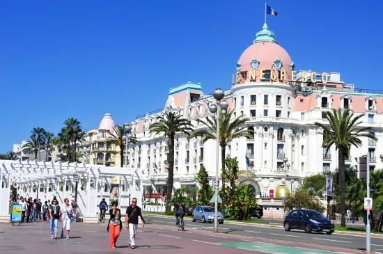 Promenade des Anglais i Nice kommer för alltid att påminna om terrorn Copyright: Juan Moyano/Dreamstime.com