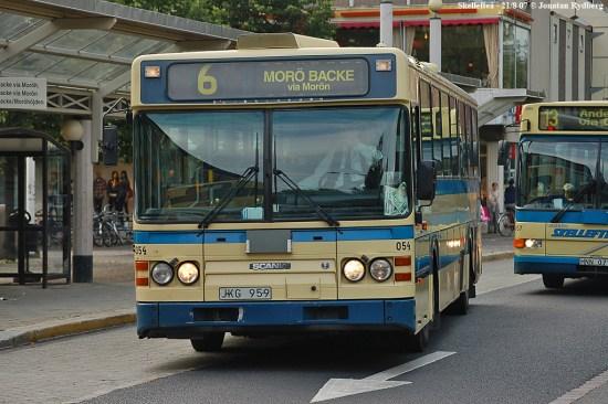 Buss med destination Morö Backe i Skellefteå. Bild: omnibuss.se