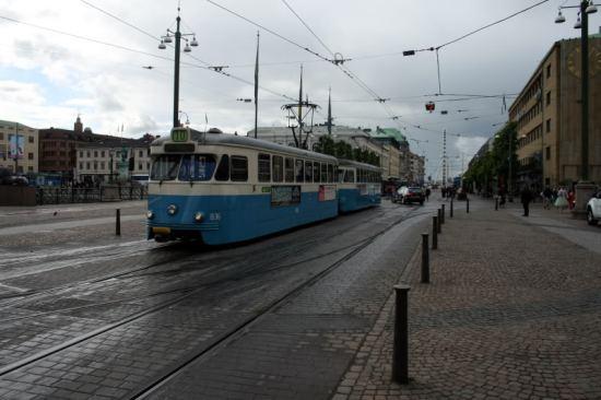 En 20-årig man blev svårt misshandlad vid spårvagnshållplatsen Brunnsparken i Göteborg. Bild: postvagnen.com
