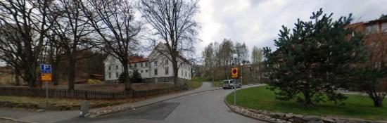 Katolska skolan vid Lilla Danska vägen i Göteborg utsätts för en mordbrand. Bild: hemnet.se