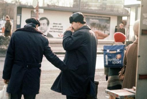 Elisabeth Rass, WHAT'S IN YOUR POCKET, Serie Stadt/Menschen-Menschen/Stadt, analog photography