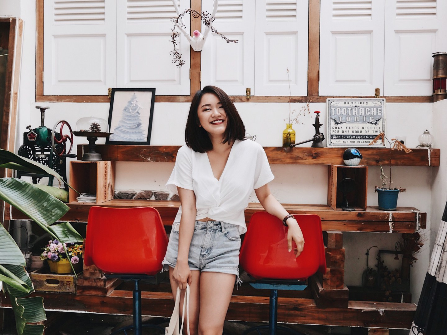 Interview|「只要相信自己在做的事,別人也會跟著相信你。」Z世代才女,用文字與影像訴說另一種生活的可能——Iris Huang 專訪