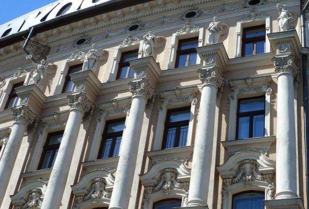 Bp100 a Nagykőrúton P1590641a Nyugati tér 4.