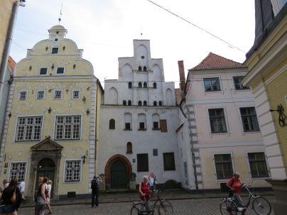 Riga IMG_7630 Gyö - Három fivér-Maza Pils iela