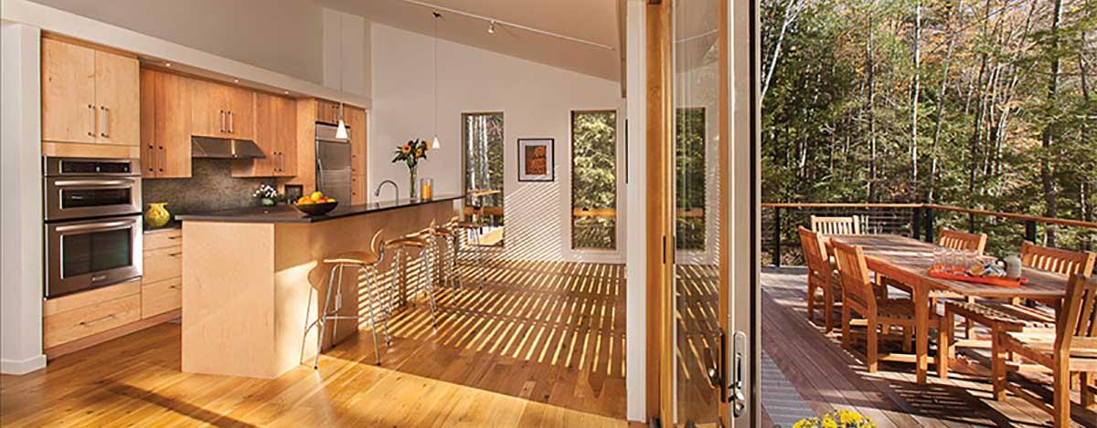 Le case in legno, gli chalet di legno ed affini sono associati ad utilizzi temporanei o a periodi limitati nell'arco dell'anno, magari in contesti. Prefabricated Houses Perche E Consigliato Costruire Una Casa Prefabbricata