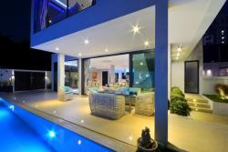 Pratumnak Hill villa for sale with 6 bedrooms, Pattaya