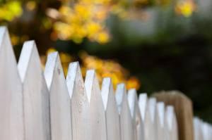 Referral Rewards - White Fence | Elite Roofing Colorado