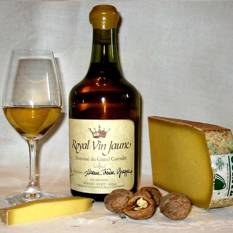 bouteille de vin jaune de savoie