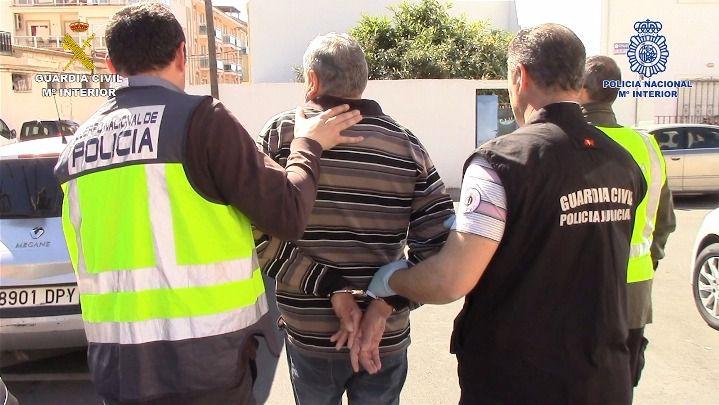 Diez detenidos en una operación policial contra yihadistas