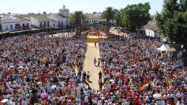 Valencia cierra presentación de las 124 filiales ante la Matriz en El Rocío