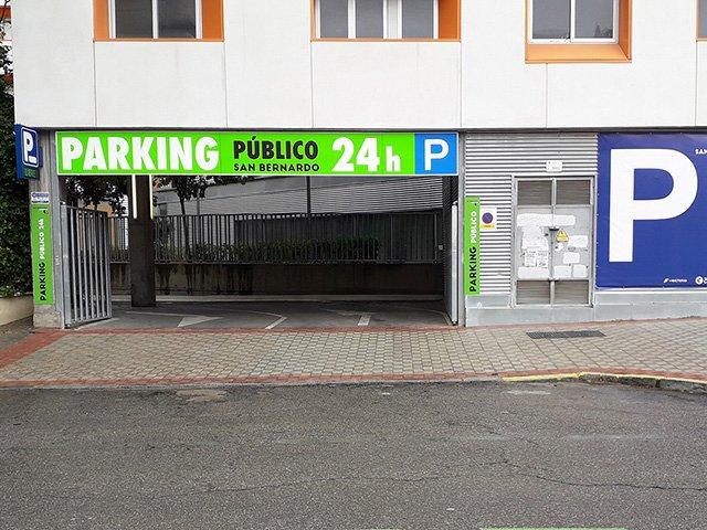 Finalizan las obras del nuevo aparcamiento en San Bernardo