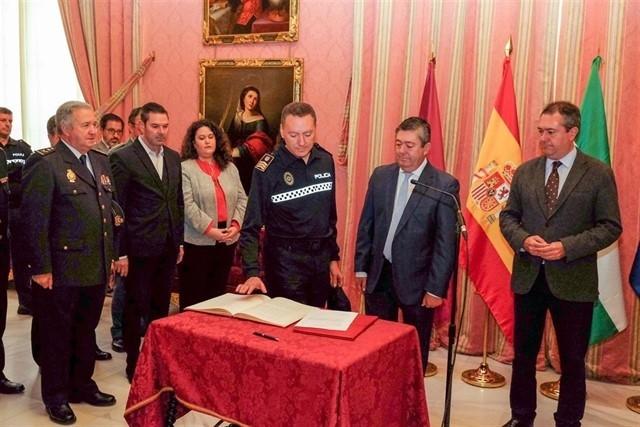 Aprobadas las bases y convocatoria para designar un nuevo jefe de Policía Local