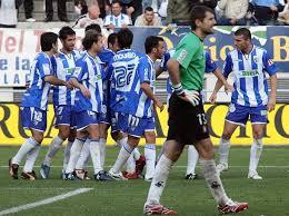 2-0. El Huesca  hunde más al Málaga