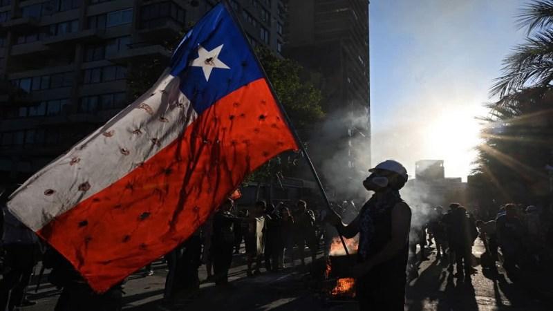 Chile: La economía registra la mayor caída en la década a medida que las protestas se recrudecen