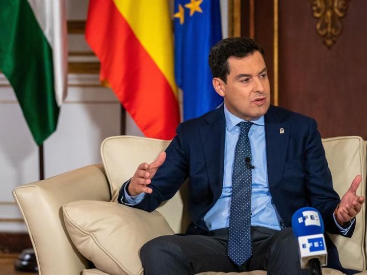 Juanma Moreno afirma que el Gobierno nunca tuvo un plan frente al COVID-19