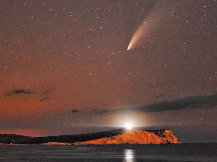 Esta noche el 'cometa Neowise' estará en el punto más próximo a la Tierra