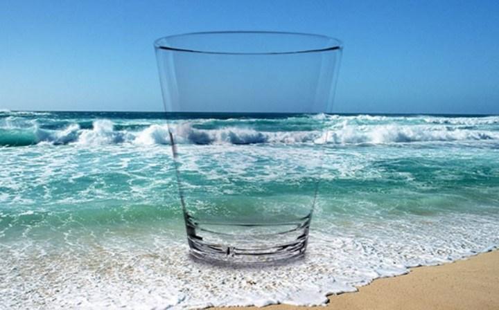 Desarrollan un sistema por el que se transforma el agua de mar en agua potable en media hora