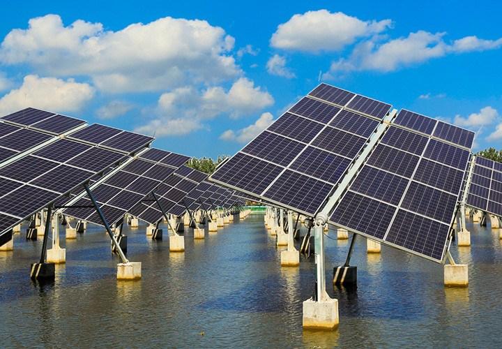 Energía sobre el agua: inaugurada en Extremadura la primera planta fotovoltaica flotante