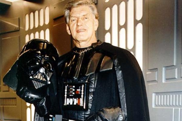 Muere el actor británico David Prowse que encarnó a Darth Vader, padre de Luke Skywalker en la trilogía original de 'Star Wars'
