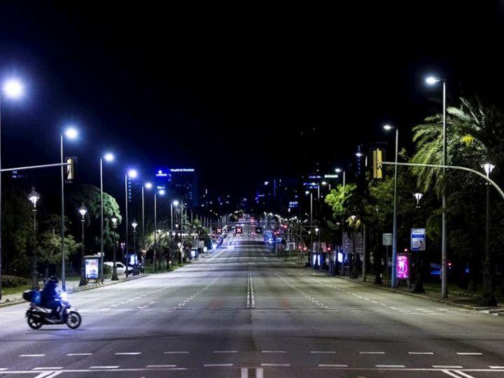 El Gobierno recurre la medida del toque de queda adelantado por parte de Castilla y León