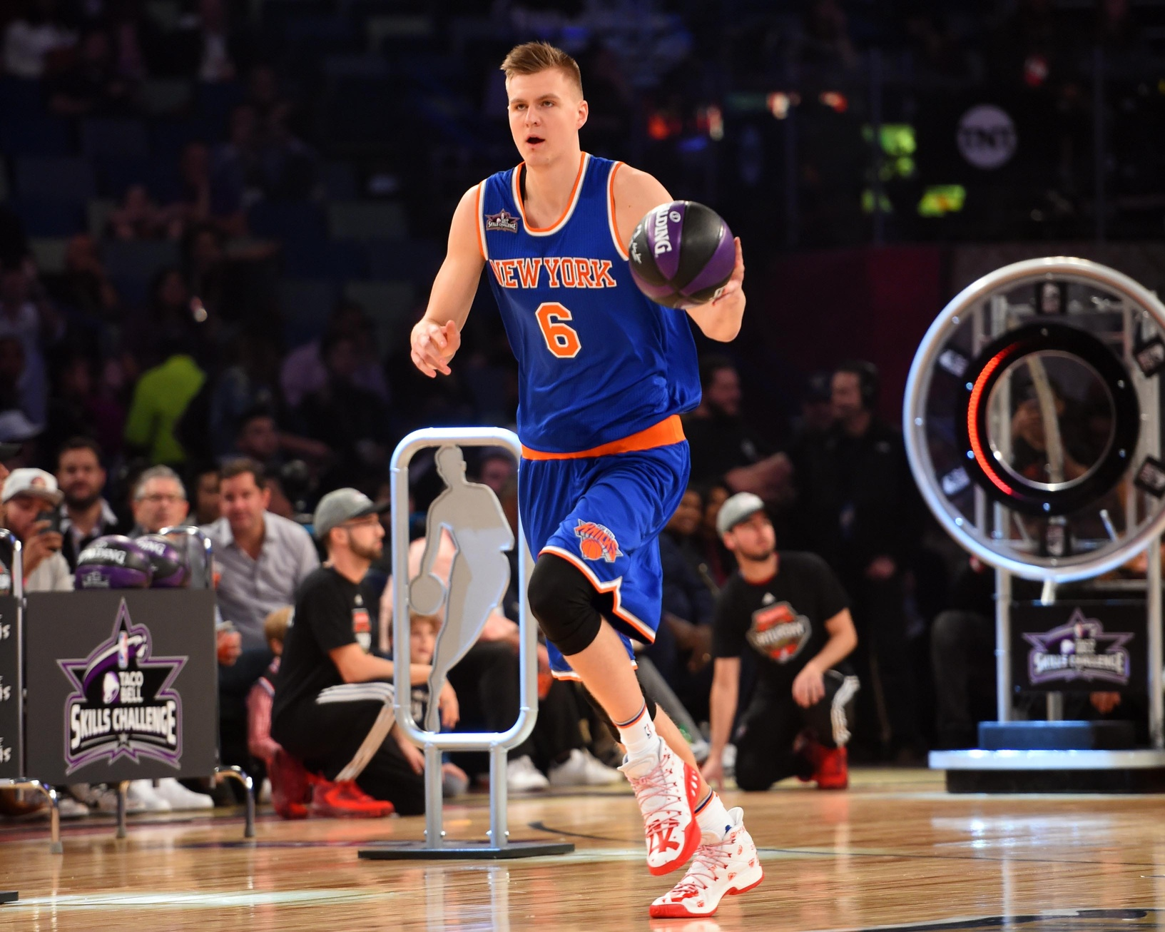 New York Knicks: Looking at Kristaps Porzingis' numbers pre and post-injury 2