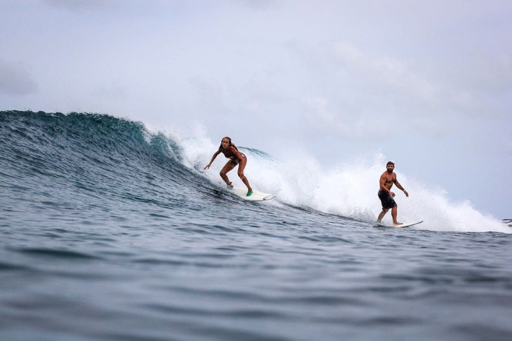 Ladies surf guided lesson
