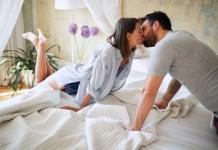 Guys Please Listen: When a Woman is Deeply in Love   By Akande Wuraola