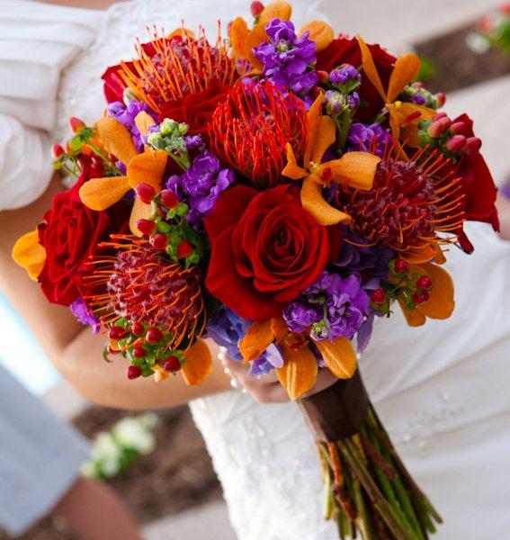 Orange Flower Arrangements For Weddings: 5 Unique Wedding Color Palettes