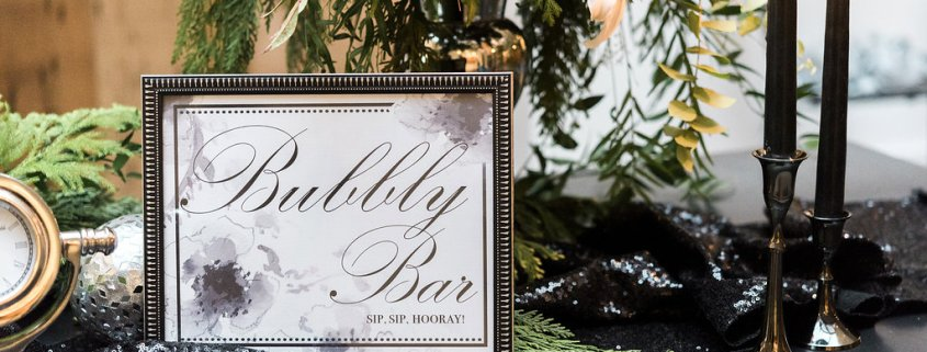 bubbly bar sign - roundhouse
