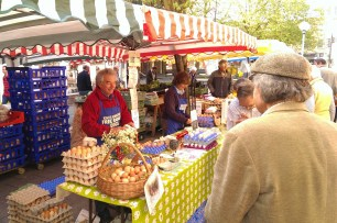 The King's Somborne eggs stall