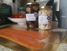 Pickled Shallots and Garlic with Honey from New Forest Bee Products