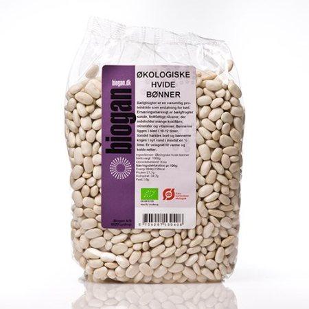 Hvide bønner er en bælgfrugt indeholdende masser af protein, vitaminer og mineraler! De er perfekte som erstatning til kød. Køb hvide bønner her!