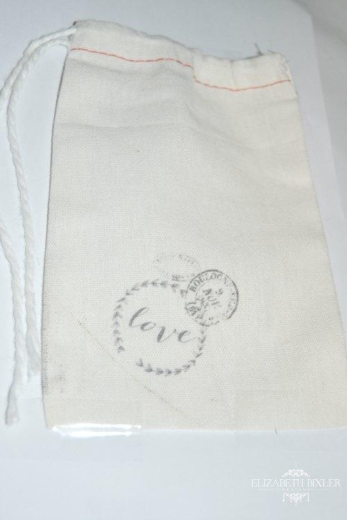 diy-girls-gift-muslin-bag