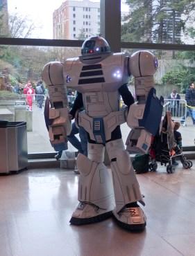 R2-D2 transformer? Astromech mech?