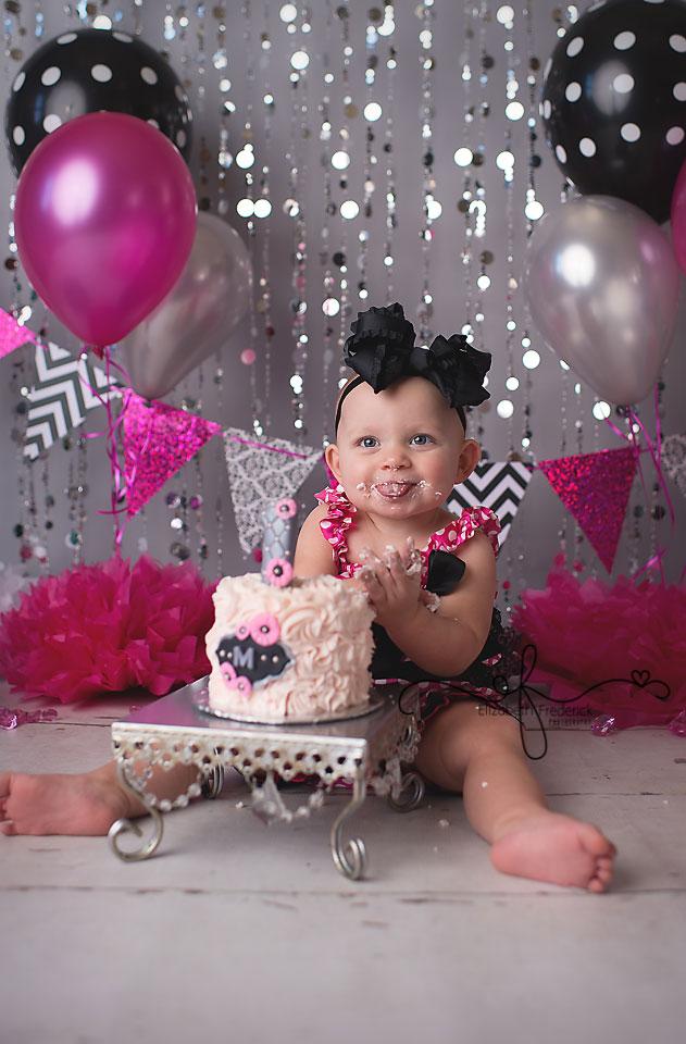 Mallory Ct Smash Cake Photographer Elizabeth Frederick