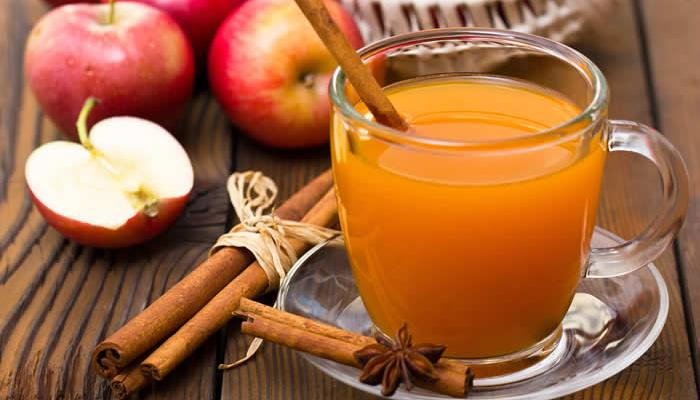 Homemade Apple Cider: Using a Juicer or a Crockpot