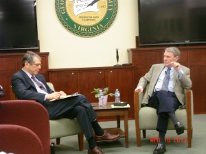 Journalist Jim Lehrer speaks with Jack Censer, dean of Mason's College of Humanities and Social Sciences.