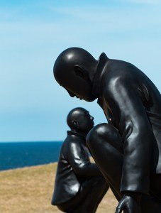 man on ball - Wang Shugang (Sculpture by the Sea)